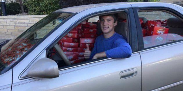 Estudante recebe 6.500 barras de Kit Kat após ter chocolate roubado de seu