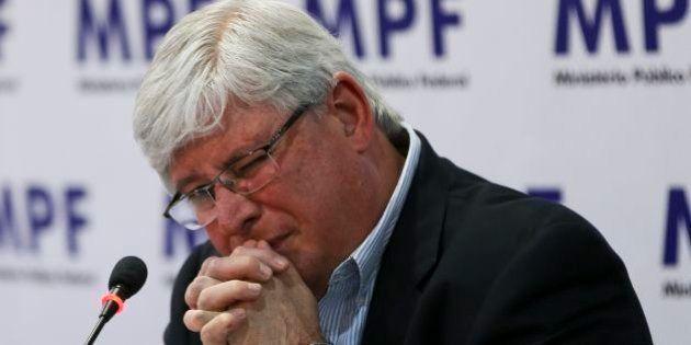 Janot critica proposta de Renan que prevê prisão para casos de abuso de