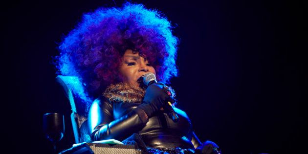 BERLIN, GERMANY - NOVEMBER 10: Elza Soares performs at Huxleys Neue Welt on November 10, 2016 in Berlin,...