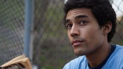 ASSISTA: Jovem Barack Obama tenta descobrir 'sua praia' em trailer de