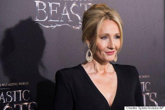 J.K. Rowling dá de presente a garota síria todos os livros da série 'Harry