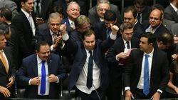 Câmara altera projeto de medidas contra corrupção e inclui punição a juízes e