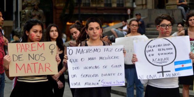 De estupros em massa a protestos em massa: A violência contra mulheres em