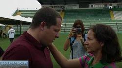 'Posso te dar um abraço?': A linda entrevista da mãe do goleiro da