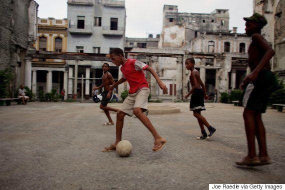 Um dos últimos atos de Fidel Castro foi ordenar a construção de um campo de futebol para