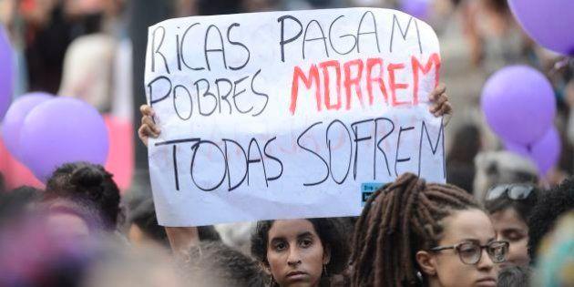 1 em cada 5 mulheres até 40 anos já fez aborto no Brasil. Católicas e evangélicas são