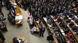 Supersalários: comissão aprova restrições a auxílios e fim do efeito
