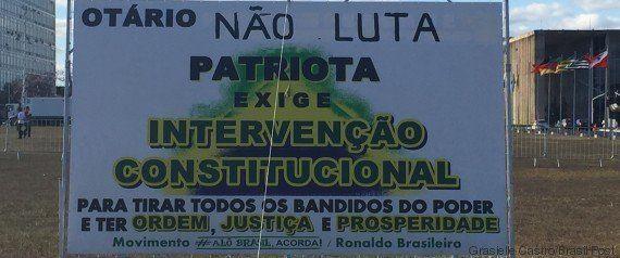 Acampados em Brasília há mais de 130 dias, eles pedem a intervenção militar no