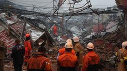 ASSISTA: Explosão destrói imóveis e deixa ao menos 8 feridos no