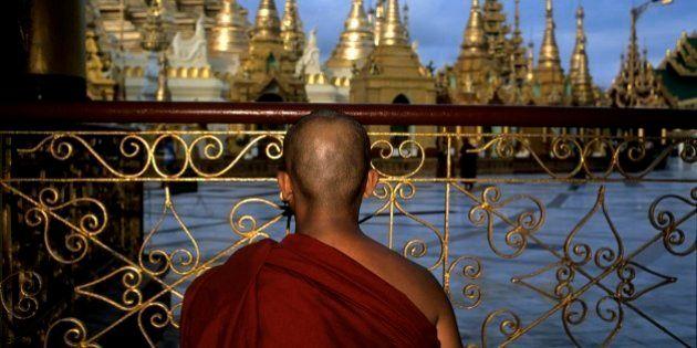 February 2006. Ranghum, Myanmar. Burmese buddhist monks. (Photo by Luis Davilla/Cover/Getty