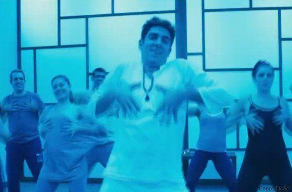 Tá no Ar: Hare mainha! Marcelo Adnet prova que ioga e axé music têm TUDO A