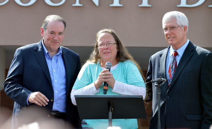 Mike Huckabee (left), Rowan County Clerk Kim Davis and Staver, her lawyer, after her release from jail in 2015