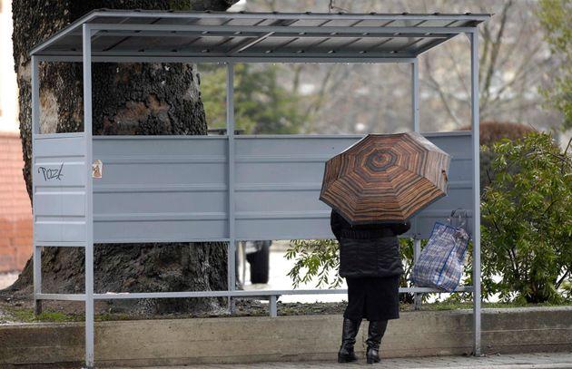 Το κρύο υποχώρησε, αλλά οι βροχές