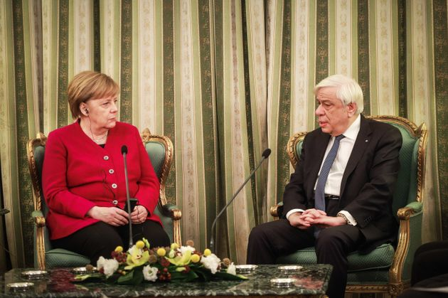 Μέρκελ: Χαιρόμαστε που η Ελλάδα ξεκινά μια νέα