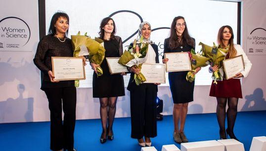 """Deux Tunisiennes récompensées par le prix L'Oréal-UNESCO """"Pour les Femmes et la"""