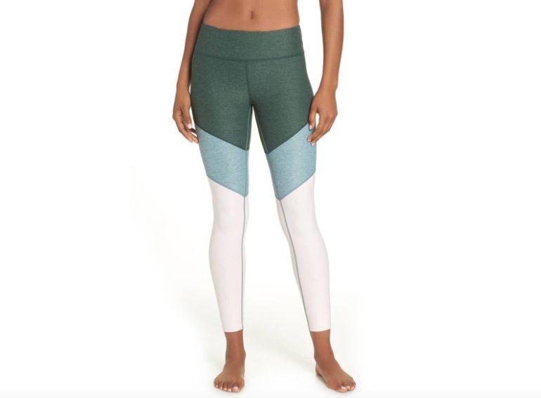 f318608e53c7d2 The 6 Best Yoga Pants, According To Yoga Teachers | HuffPost Life