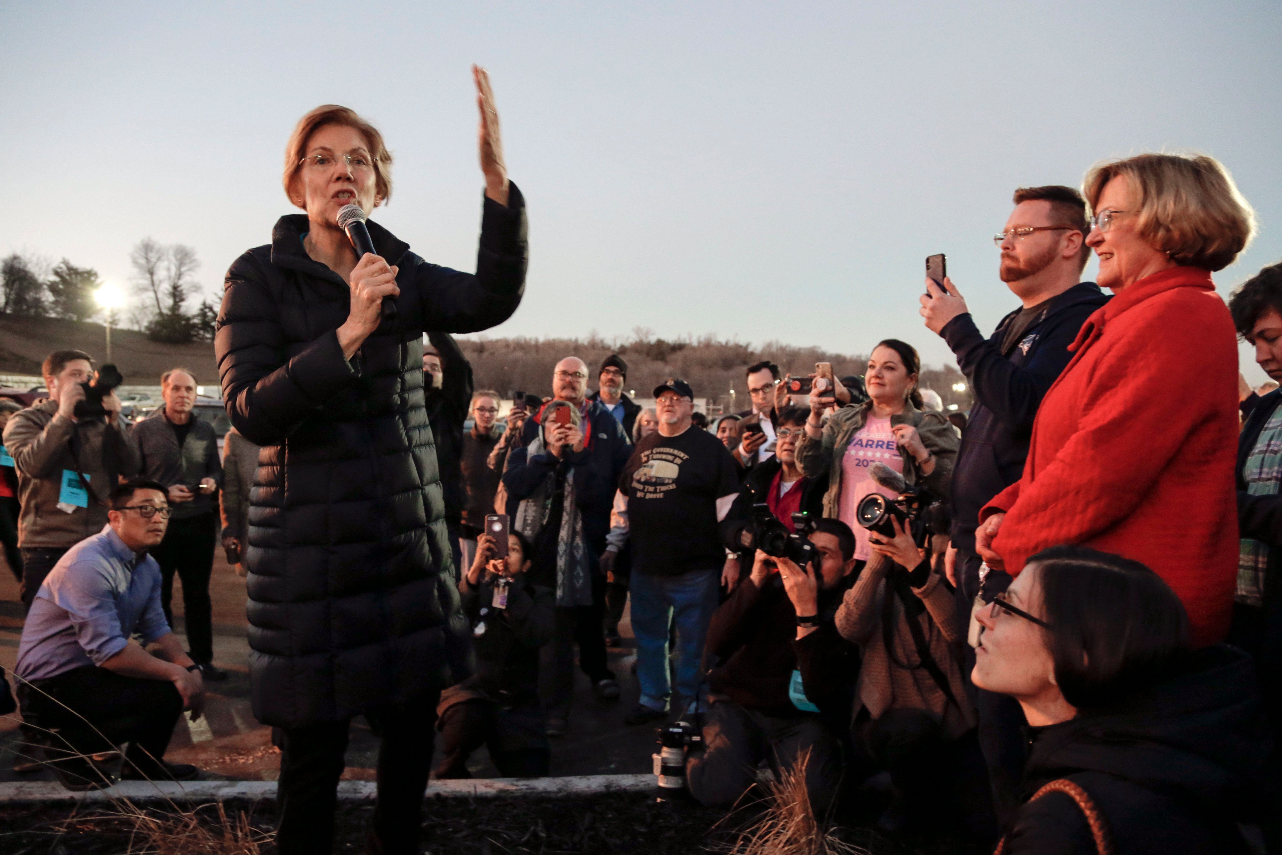 Massachusetts Sen. Elizabeth Warren made her first stop of the 2018 campaign in Council Bluffs, Iowa.