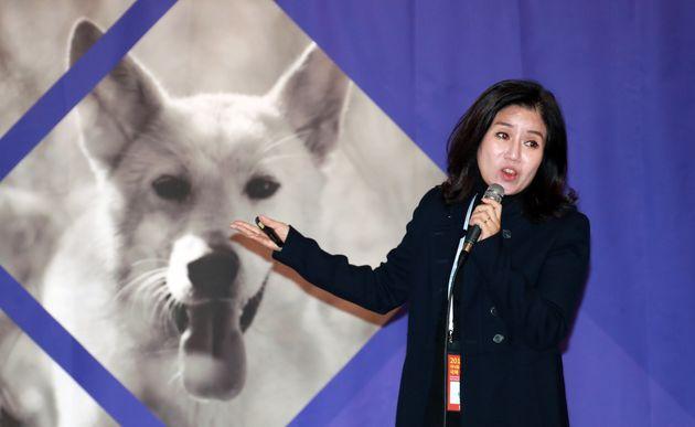'케어' 직원들이 박소연 대표 사퇴를