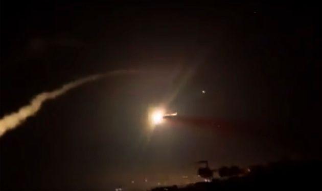 Συρία: Αναφορές για αεροπορικό πλήγμα από «ισραηλινά μαχητικά» στο αεροδρόμιο της