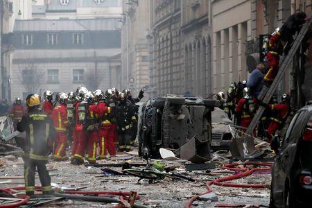 Forte explosion à Paris, des blessés (préfecture de