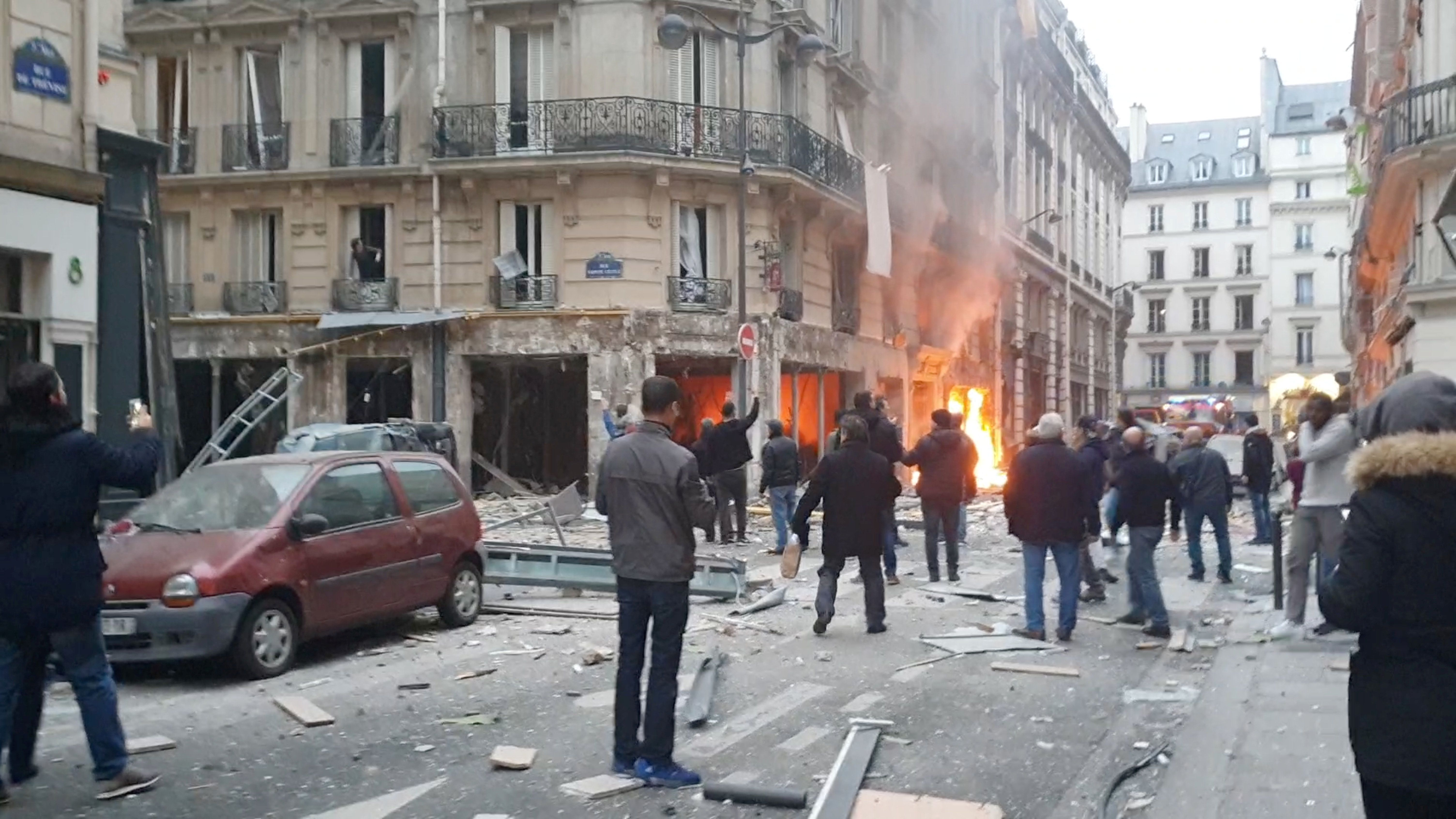 Westlake Legal Group 5c39cf0024000033004861e3 4 Killed And Dozens Injured After Gas Explosion Rocks Bakery In Paris