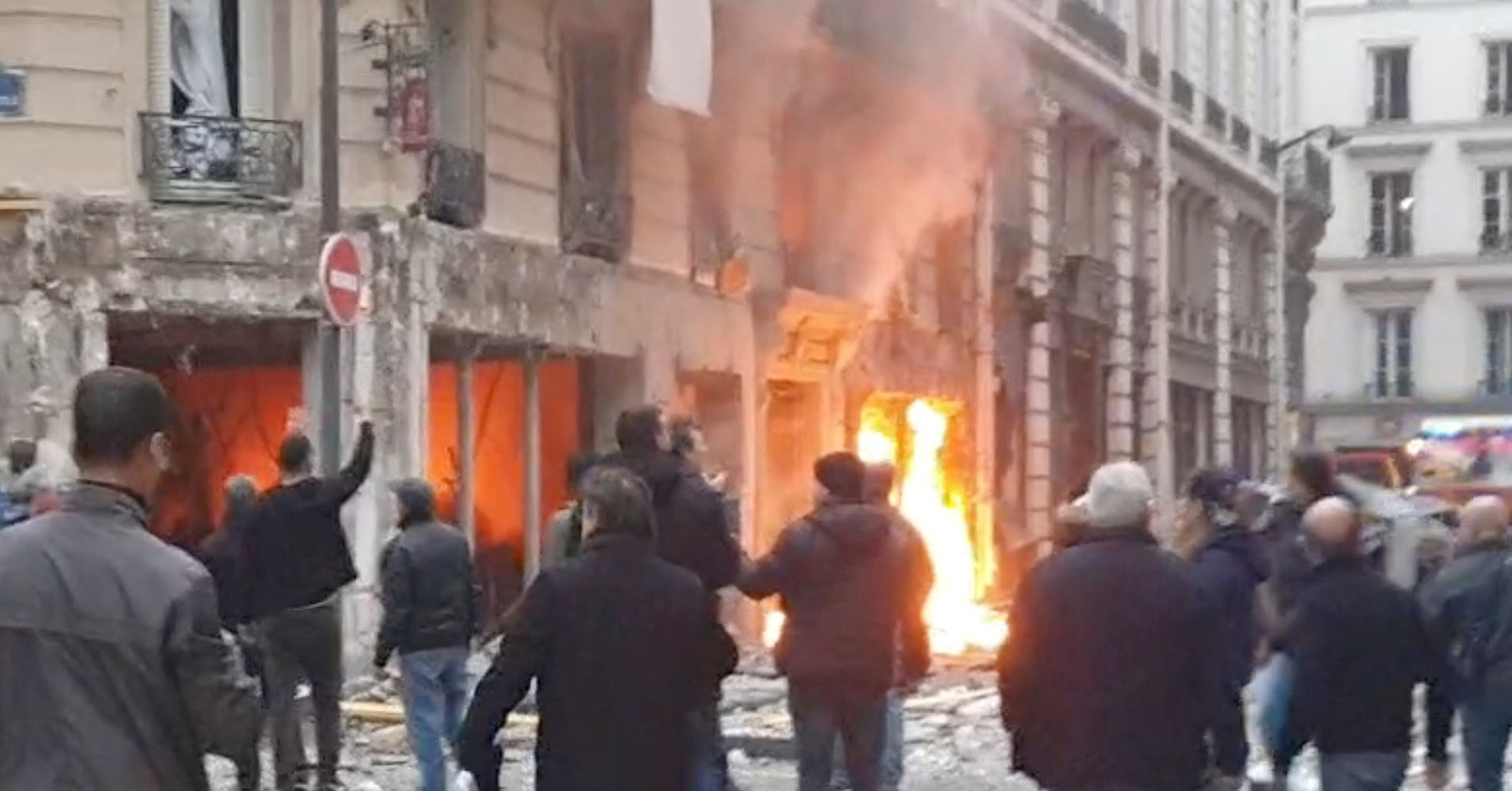 4 Killed And Dozens Injured After Gas Explosion Rocks Bakery In Paris