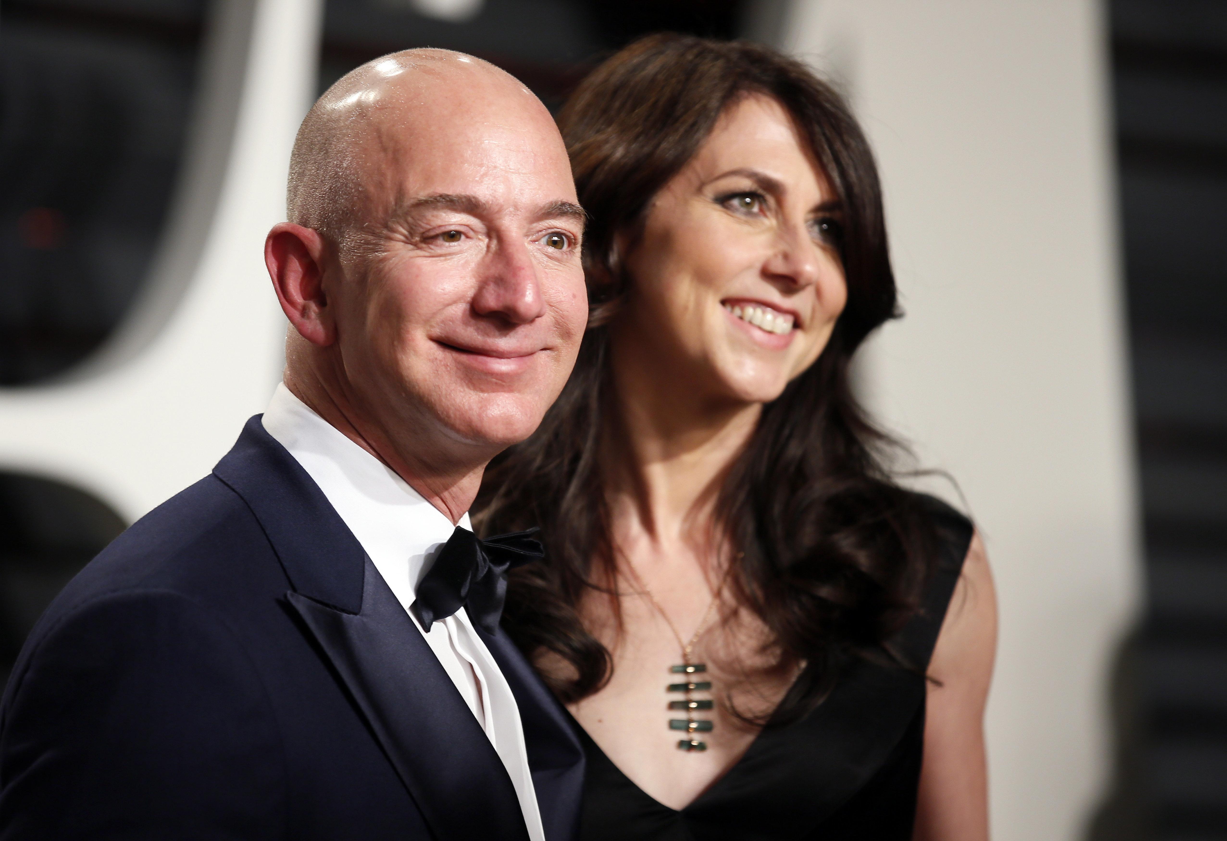 Τα 10 πιο ακριβά διαζύγια στην ιστορία - Ποιοι τα πλήρωσαν «χρυσά» (και πόσα θα πληρώσει ο