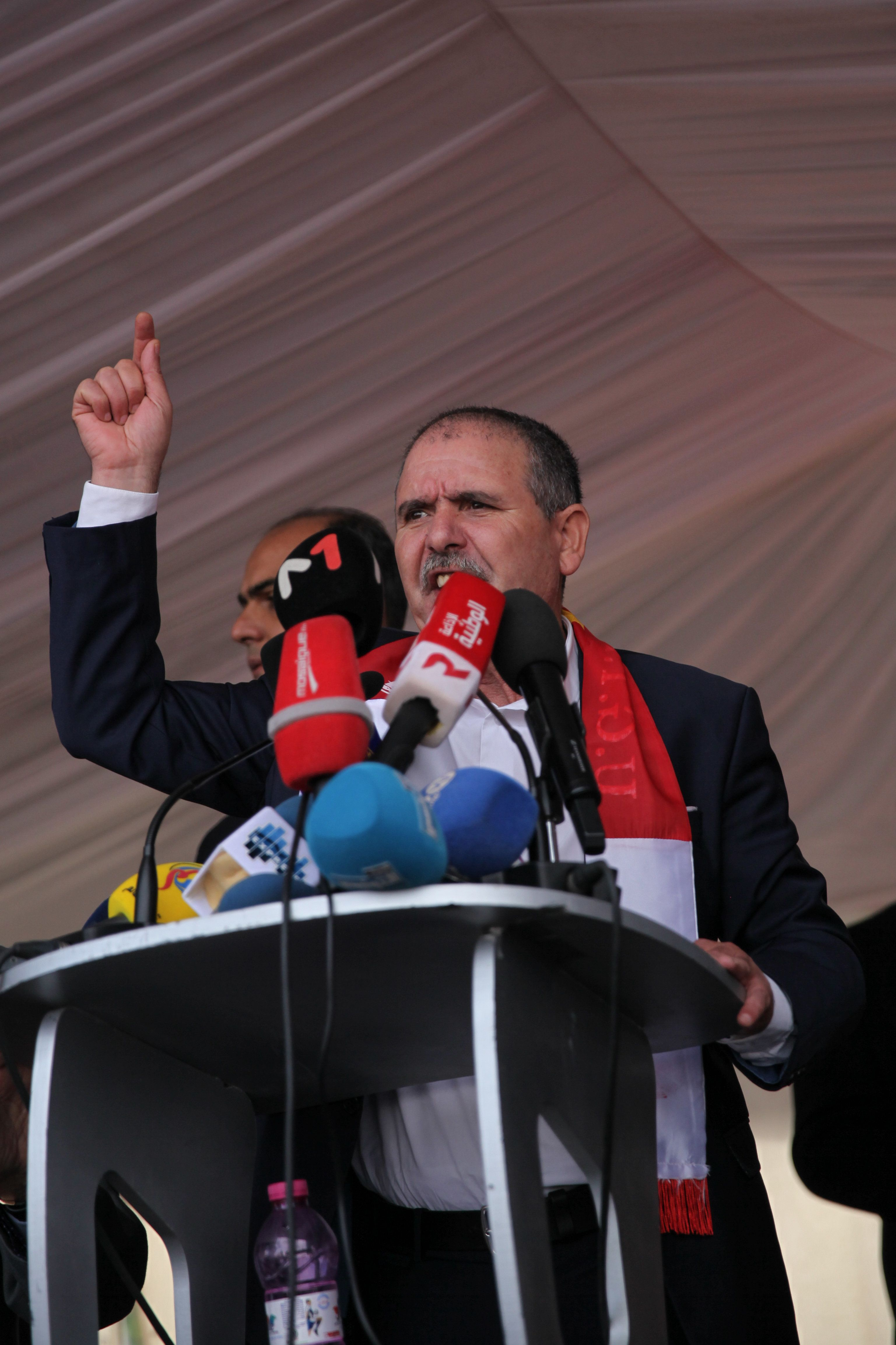 """""""La grève générale dans la fonction publique et le secteur public reste maintenue,"""" affirme"""