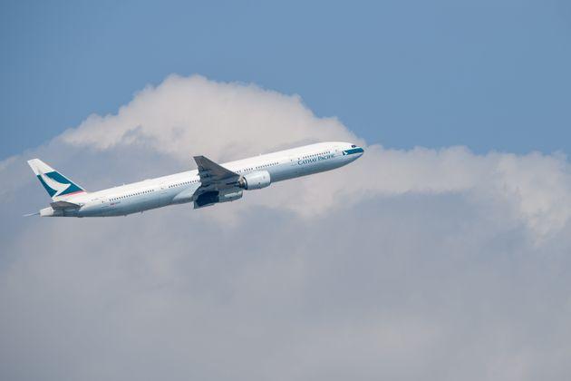 캐세이퍼시픽이 1800만원짜리 일등석 항공권을 168만원에