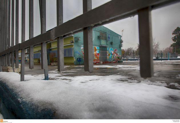 Χιόνια και καταιγίδες: Χειροτερεύει ο καιρός από το απόγευμα της