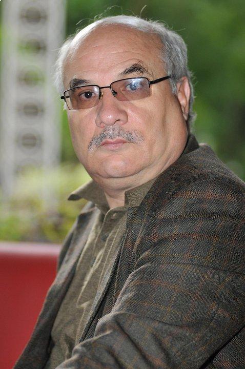 Batna: Le sociologue Nacer Djabi interdit de tenir une conférence sur les mouvements