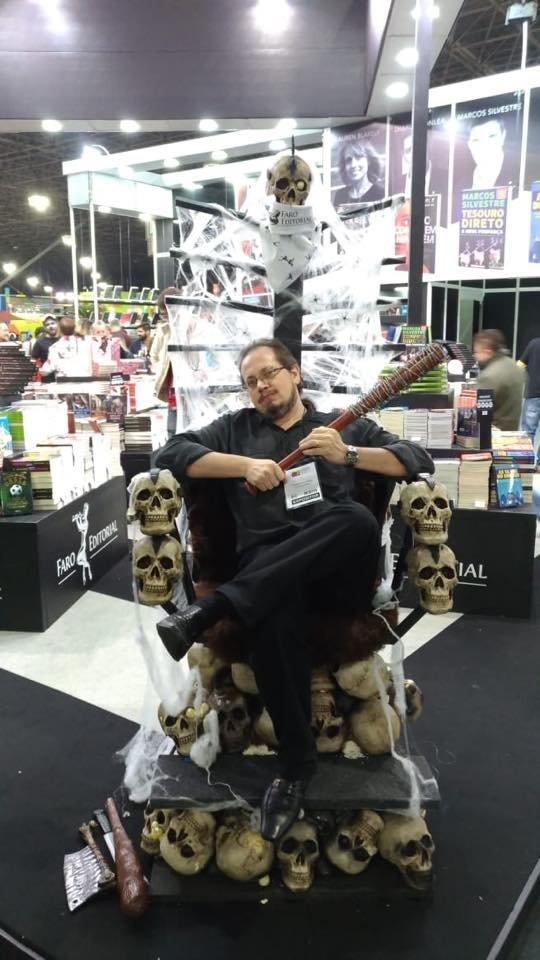 Gosta de The Walking Dead? Então você precisa conhecer o 'Pai dos Zumbis' no