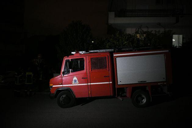 Στις φλόγες οχήματα στον Βύρωνα τα
