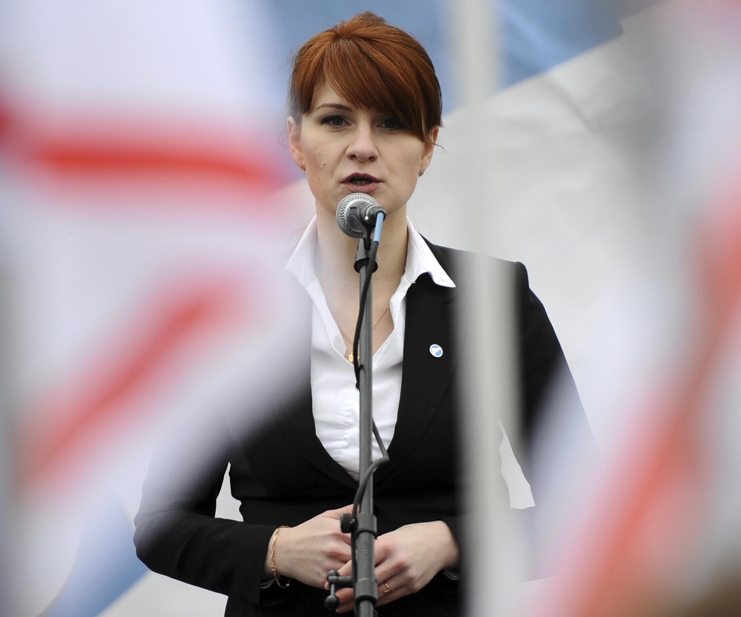 Trat in den USA als Waffennärrin und -lobbyisten auf, arbeitete aber für Russland: Die NRA-Aktivistin...