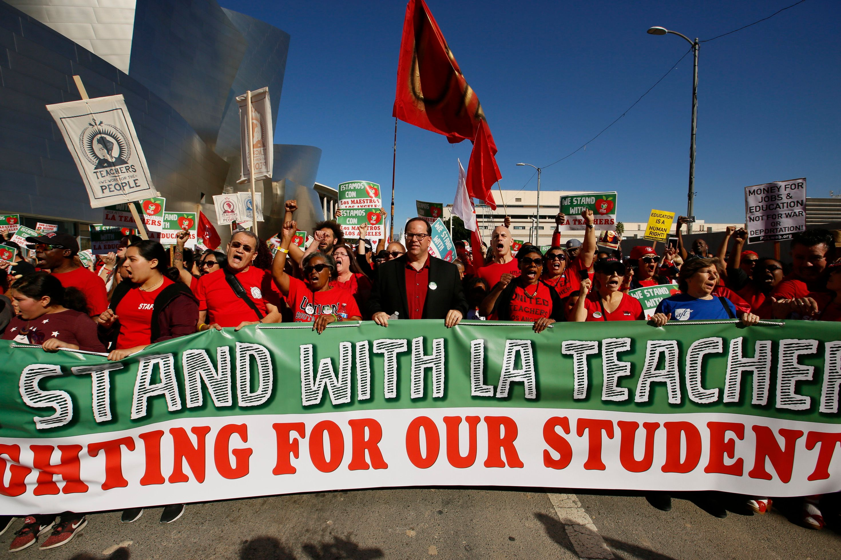These Are The Democrats Supporting The LA Teachers Strike