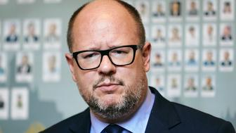 Gdansk's Mayor Pawel Adamowicz attends a meeting in Gdansk, Poland October 23, 2018. Picture taken October 23, 2018. Agencja Gazeta/Jan Rusek via REUTERS   ATTENTION EDITORS - THIS IMAGE WAS PROVIDED BY A THIRD PARTY. POLAND OUT. NO COMMERCIAL OR EDITORIAL SALES IN POLAND.