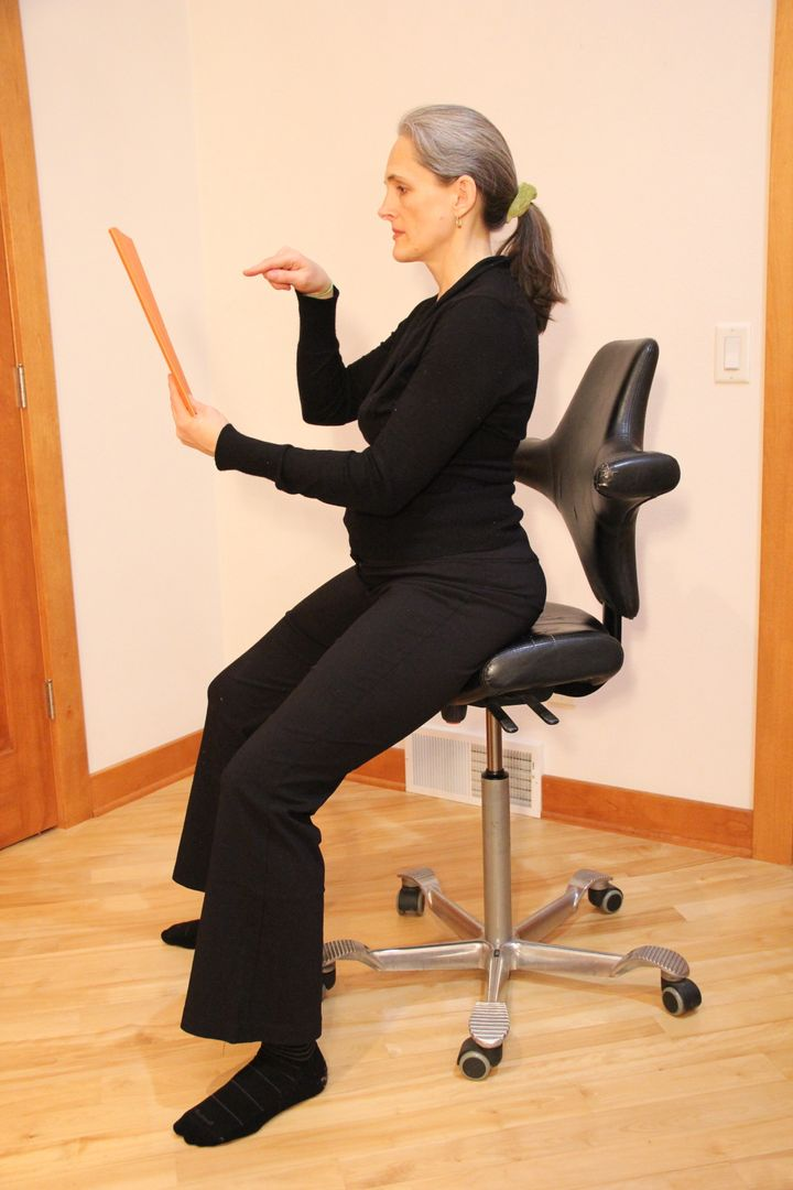 How To Adjust Your Office Chair When You Are Short Huffpost Life