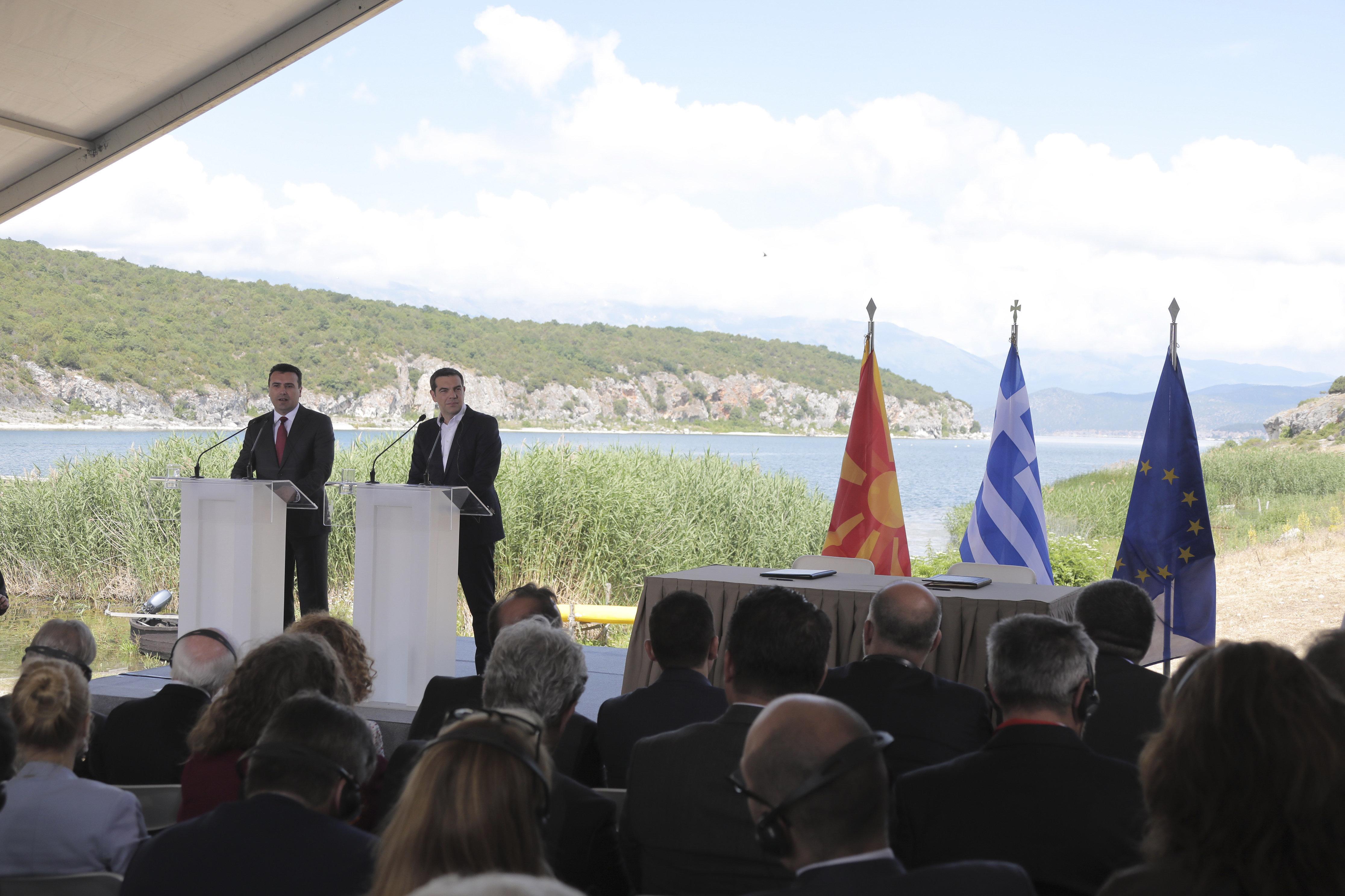 Τι «βλέπουν» οι Αμερικανοί για την επόμενη ημέρα της συμφωνίας των Πρεσπών, την Ελλάδα και τη