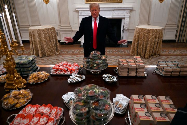 Photoshop Battle' Breaks Out Over Donald Trump's Fast-Food Banquet