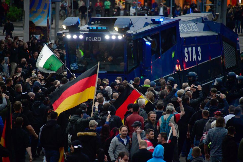 Höcke gilt weiter als Vertreter der Ultrarechten innerhalb der AfD. Bei den Protesten in Chemnitz setzte er sich an die Spitze.