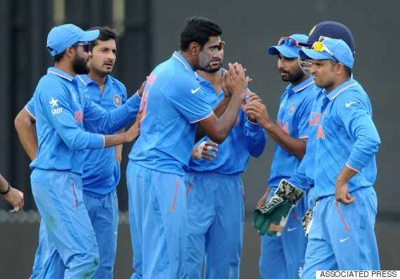 Why MS Dhoni Is The Best ODI Captain Of This