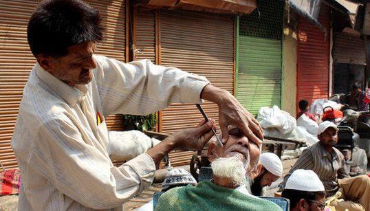 PHOTOS: The Humdrum Speaks Volumes In Delhi's Walled