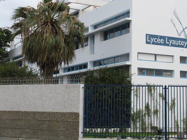 Étudiants étrangers en France: Les associations de parents d'élèves mobilisées contre la hausse des frais de