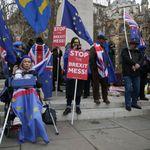 Brexit: Während die Briten auf die Entscheidung warten, wird es im Parlament