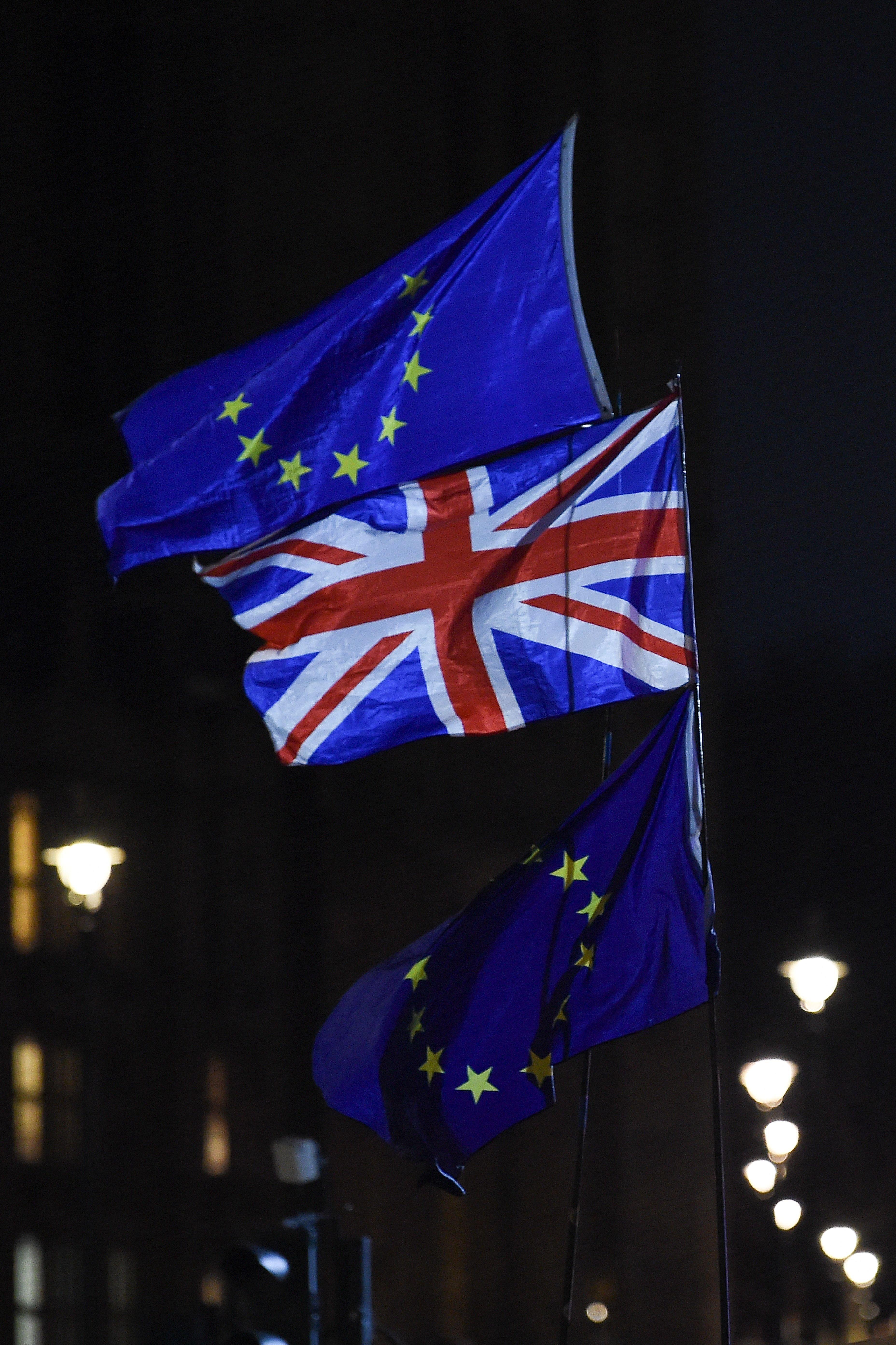 영국 브렉시트 합의안이 의회에서 '압도적'으로