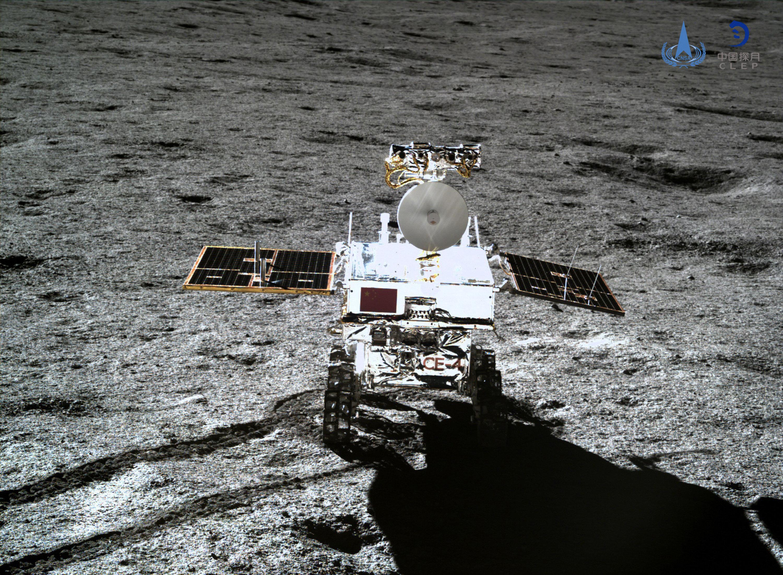 중국의 창어4호가 달에서 첫 씨앗 발아에