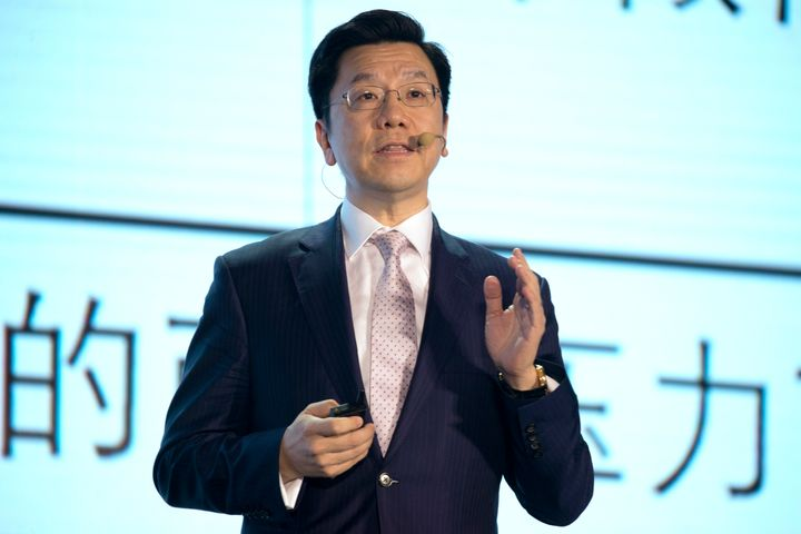 Kai-Fu Lee, CEO of Sinovation Ventures and the former head of Google China, gives a presentation in Beijing on April 27, 2017
