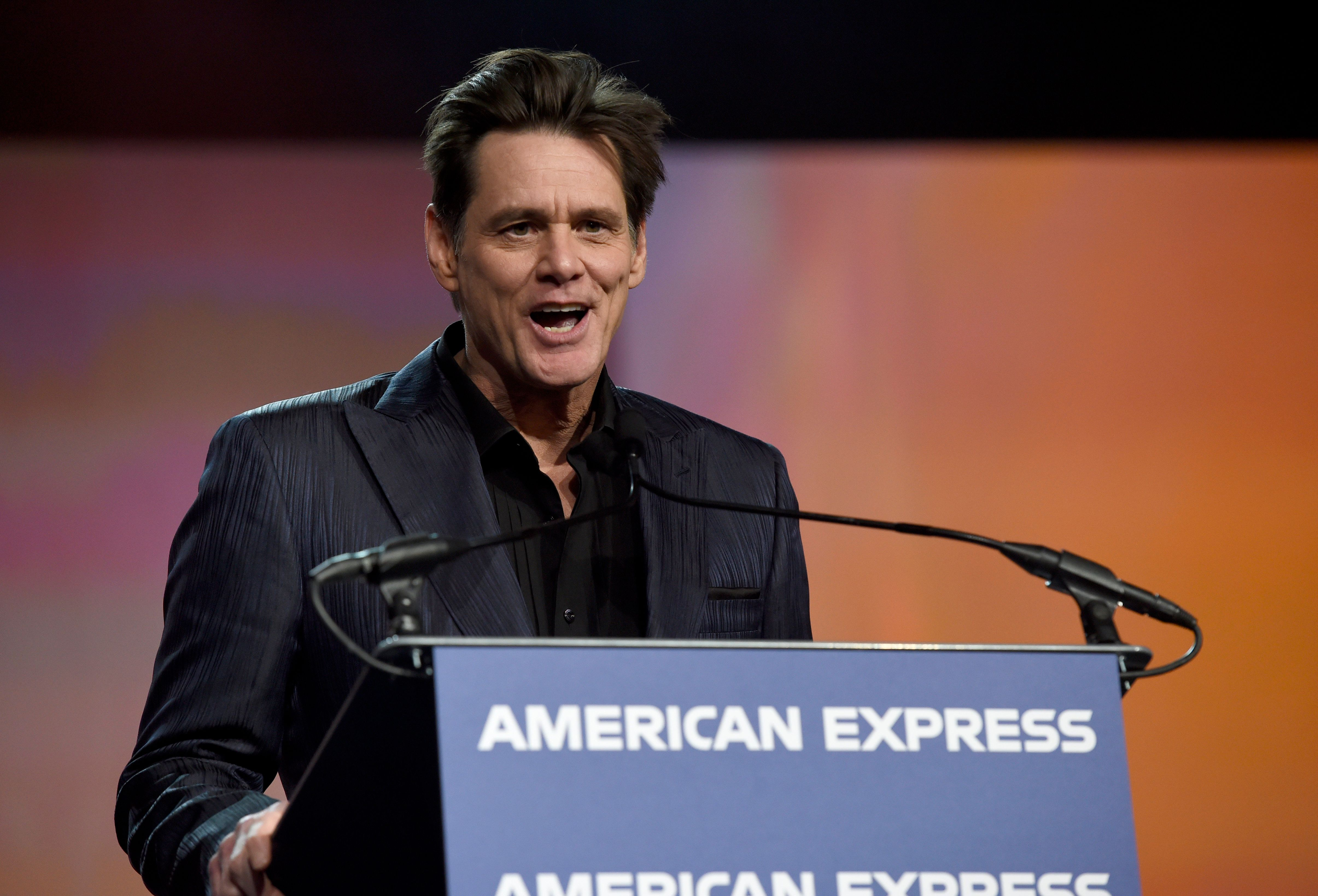 Jim Carrey presents the vanguard award at the 30th annual Palm Springs International Film Festival on Thursday, Jan. 3, 2019, in Palm Springs, Calif. (Photo by Chris Pizzello/Invision/AP)