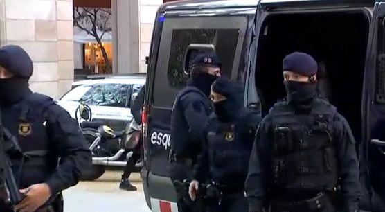 Barcelone: 17 personnes arrêtées dan un nouveau coup de filet
