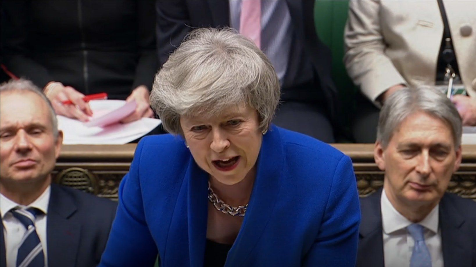 Theresa May narrowly survives no-confidence vote after crushing Brexit defeat